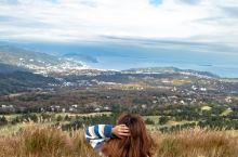 打卡《你的名字》取景地之一~大室山 在日本的伊豆半岛,除了美丽的海岸线和温泉,还有有《你的名字》取景