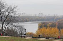 俄罗斯莫斯科卡洛明斯克庄园(二):昨天的照片主要集中在教堂建筑方面,今天的照片主要是庄园的环境,环境
