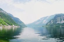 短暂造访 哈尔施塔特湖  ,明信片中的风景。  哈尔施塔特湖  是来奥地利旅游的必选景点,不时会有很