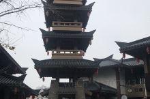 桂林兴安~一个有千年文化底蕴的古城,冬天也是梅雨季节,每一次行走兴安街头都是披着绵绵细雨,穿越现代化