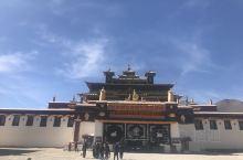 桑耶寺是西藏第一个佛教寺院、文成公主名字叫李雪雁。