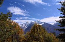 萨勒乡拉比村,遥望尼泊尔。