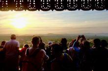 蒲甘荒原的日落之塔