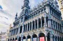 塞纳河畔的欧洲首都 作为欧盟的主要行政机构所在地、北约总部驻 地,来到比利时王国不得错过布鲁塞尔。