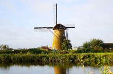 荷兰小孩堤防风车村