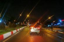 胡志明的夜景,摩托车大队,夜生活不简单!