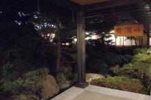 日本的温泉泡汤不错(๓´╰╯`๓)
