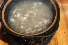 打卡河源第一天!紫金八刀汤 客家酿豆腐 生焗万绿湖湖鱼头 !太棒了!不愧是河源十大美食!以后有时间还