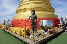 曼谷 | 入乡随俗去礼佛,打卡最经典的泰国佛寺!  泰国是一个信奉佛教的国家,一走进这个国家,到处都