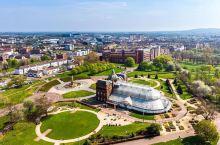生活琐事的收集站                【人民宫】位于【英国格拉斯哥】一座【博物馆和温室】。