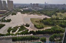 沛县政府前市民广场,从高处鸟瞰,深刻感触沛县的蓬勃发展步伐在加快