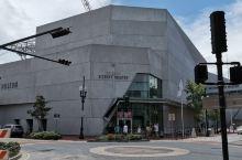 排名新奥尔良第一,美国第三,世界第八的二战记念馆(The WWII museum),布置精致,声光电