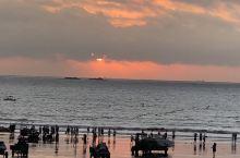 平潭岛景色优美、蓝天白云、阳光沙滩、水天一色、是看海的好去处。
