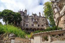 身为世界文化遗产的雷加莱拉庄园,如今已是辛特拉最著名的旅游景点之一。它包括了浪漫主义的雷加莱拉宫,以
