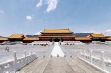 中国最大的影视拍摄集中基地,横店。聚古朝近代最具代表性建筑群。 从《宫锁心玉》到《延禧攻略》,从《英