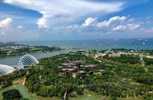 城市花园的人民有着让你佩服的自律性。 城市花园的建筑有着让你震撼的视觉冲击。 新加坡——一个被誉为全