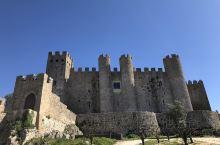 """下午我们来到了葡萄牙古老城区""""奥比都斯"""",这是一座类似于庞贝古城一样的城市,是一座具有悠久历史得文化"""