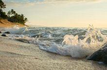从未见过如此美丽的日落——日落海滨公园  妈妈一直说想要好好地看一次日落,在城市里又没有很好的地方可