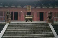导游证不要钱,中秋和男朋友来的,人不是很多,买了一些纪念品,不是特别大,我印象比较深的有财神殿,菩萨