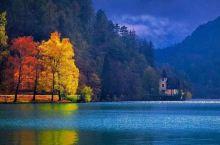 亚布拉尼察湖是内雷特瓦河上一个人工形成的大型湖泊,位于科尼茨下方,于1953年在附近建造大坝后形成,