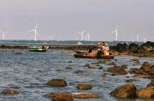 夕阳,沙滩,海浪,礁石,大风车,……
