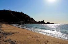 位于辽宁省葫芦岛市龙港区望海寺旅游风景区内的滨海公园,曾经是葫芦岛最有名的海滩之一,以滩平、沙细、水