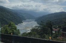 碧湖位于南投,属于台湾心脏的区域。由于地质变化的缘故,时隔五年前往已经认不出来了。河床都露出来了,湖