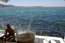 阳光、海岸、帅哥和冰茶