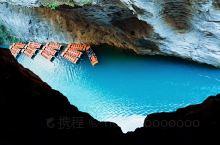 屏山峡谷 包车来的屏山大峡谷,走盘山公路的时候就能看到谷底的小河流,那一抹蓝色让人难忘!四月初来的,