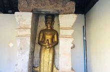 塔銮~供奉 释迦摩尼佛主-舍利子 浓浓的佛教文化