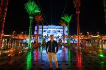 【酒店攻略】  详细地址: West Corniche Road  亮点特色:  阿布扎比阿联酋皇宫