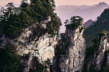 """被古诗安利的美景——武陵源天子山  """"自然造化景如画,鬼斧神工人间"""",这句描述天子山的诗句,用来形容"""