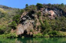 湟川三峡龙潭文化生态园旅游区是国家AAAA级旅游景区。从连州市区到龙潭镇的连江河段,连州市区南面,全