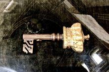 图1 的鈅匙是每天用作开啟Blenheim Palace 入门大闸,至今仍然。其他照片是不同房间的陈