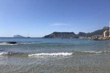 地中海卡尔佩巨岩