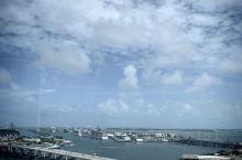 迈阿密下城日夜照,可以看到美航球场,前几年比较火,现在估计没人看了,热火变成热水了,越来越水