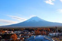 遥望秋末的富士山—富士急乐园 我们是十一月底去的,天气很好,在摩天轮上看到的风景很美很美,远处富士山