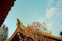 #潮州古城# 地点介绍: 潮州古城位于广东省潮州市内 是国家历史文化名城 一座古朴的城 拥有悠久的历