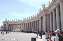 游览观光的经典景点……梵蒂冈。被它精美绝伦的建筑和艺术品所震撼!
