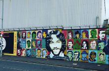 城市涂鸦艺术靓丽打卡点---和平墙  谁能想到现在新兴的网红打卡点城市涂鸦墙竟然是堵和平墙呢~  这