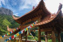 甘南旅游攻略  甘南,全称甘南藏族自治州,是全国十个藏族自治州之一。位于甘肃省西南部,地处青藏高原东