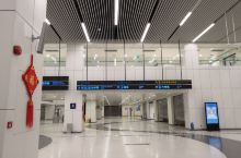 马上就要离开香港,前往澳门了。虽然行程安排上有一些不愉快的地方,但毕竟对香港还是有了一定的了解,购物