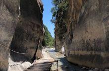 欧洲最长大峡谷——萨玛利亚大峡谷  早就听闻萨玛利亚大峡谷是欧洲现存的最长峡谷,全长大约有16公里,