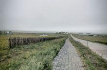 心灵感应驱使自己踏上了这次美丽的行程,这是中国最美草原之一,这里是著名的九曲弯,是《狼图腾》的故乡!