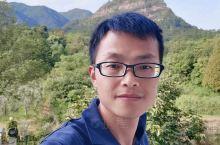衢州出发,游玩天台山风景区,琼台仙谷和国清寺自驾两日游。 第一天早上出发,高速上三小时左右,下午两点