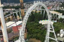 富士急乐园,全日本最刺激的游乐园,时速180公里,弹射起步过山车。有世界第一的加速度、世界落差最大的