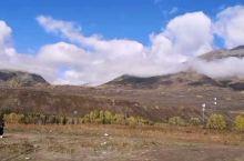 【大自然宠爱的稀世珍宝-禾木村】    被雪山,冰川,森林,草原,花海拥抱的禾木村,着实使人惊叹不已