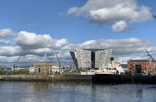 北爱尔兰贝尔法斯特的泰坦尼克号纪念馆,当年泰坦尼克号就在这里制造的