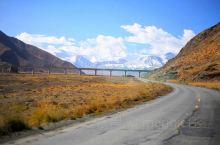 青海可可西里国家级自然保护区位于青海省玉树藏族自治州西部,是世界上原始生态环境保存较好的自然保护区,