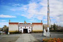 """札达县托林寺—— 托林寺,藏语意为""""飞翔空中永不坠落的寺庙"""",阿里地区最古老的寺庙,始建于1000多"""